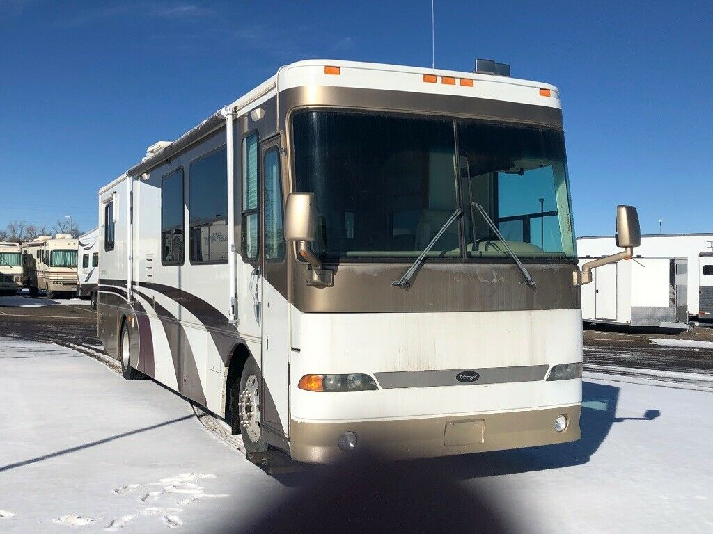 loaded 2000 Alpine Coach Diesel Pusher camper for sale