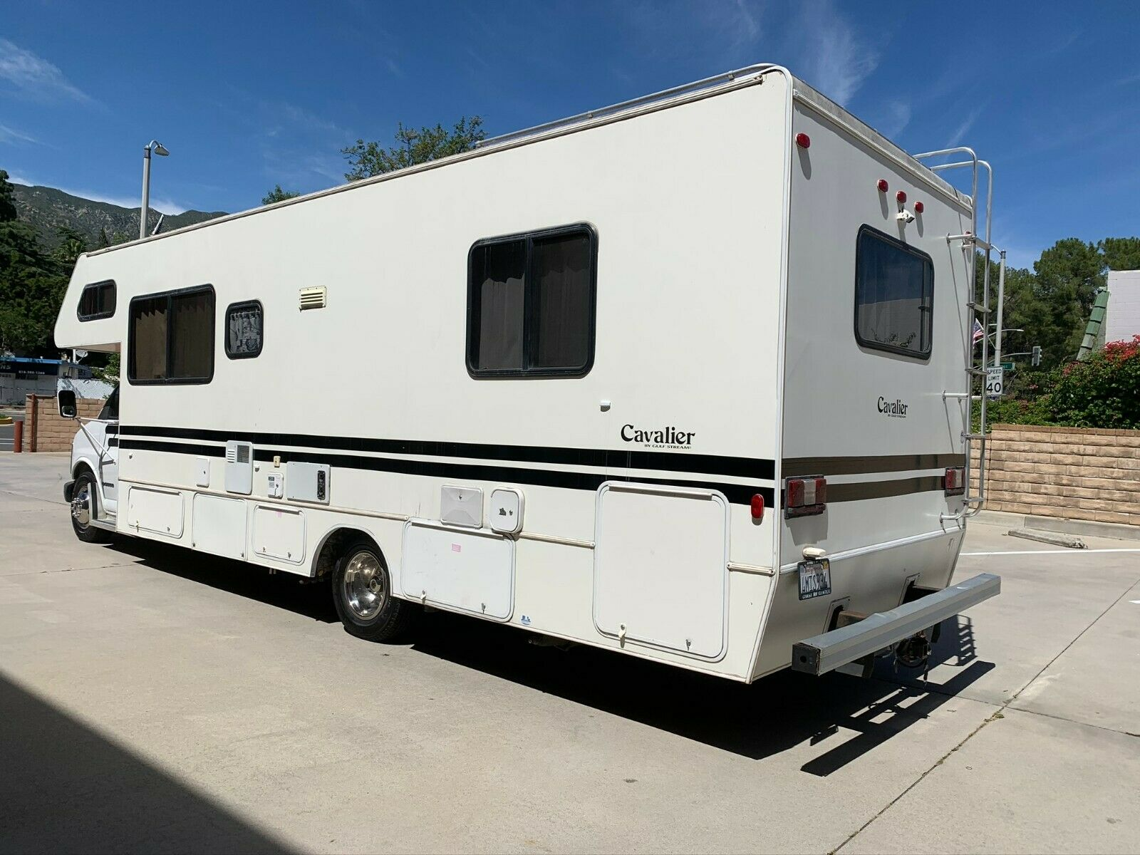 everything works 2001 Gulf Stream camper