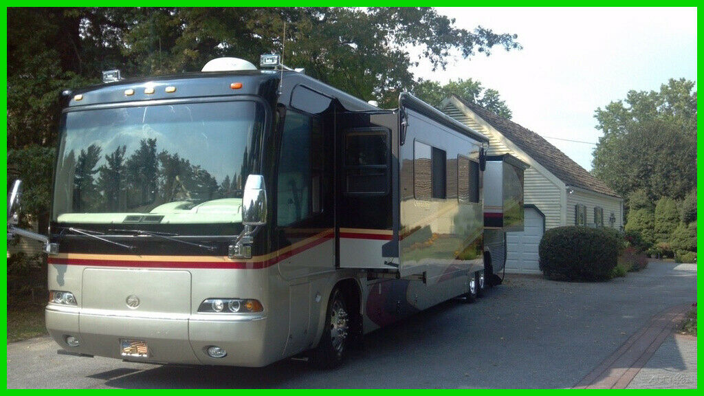 well equipped 2003 Monaco Signature camper for sale